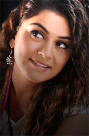hansika-smile-picture-for-mobile