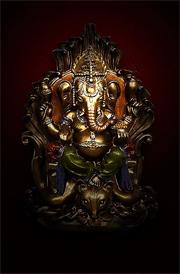 hindusum-vinayagar-gold-statue-hd-wallpaper