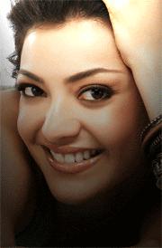 kajal-agarwal-best-simling-face-hd-wallpaper
