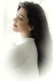 kajal-agarwal-white-dress-hd-picture