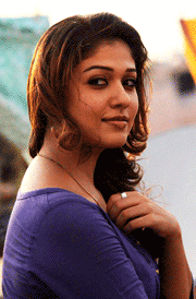 romatic-nayanthara-hd-wallpaper
