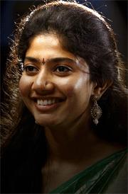 sai-pallavi--images-in-saree