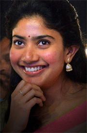 sai-pallavi-hd-images-in-saree