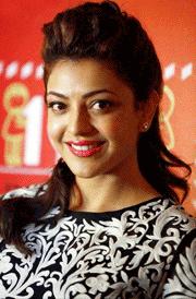 smile-kajal-agarwal-hd-wallpaper