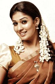 smiling-nayanthara-face-hd-wallpaper