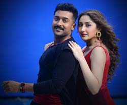 surya-sayyeshaa-hd-images-download