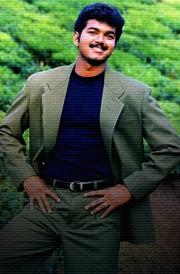 thullatha-manamum-thullum-vijay-1999-photos