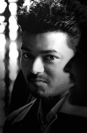 thuppaki-vijay-best-smile-hd-wallaper