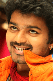 villu-vijay-smailing-face-hd-photo